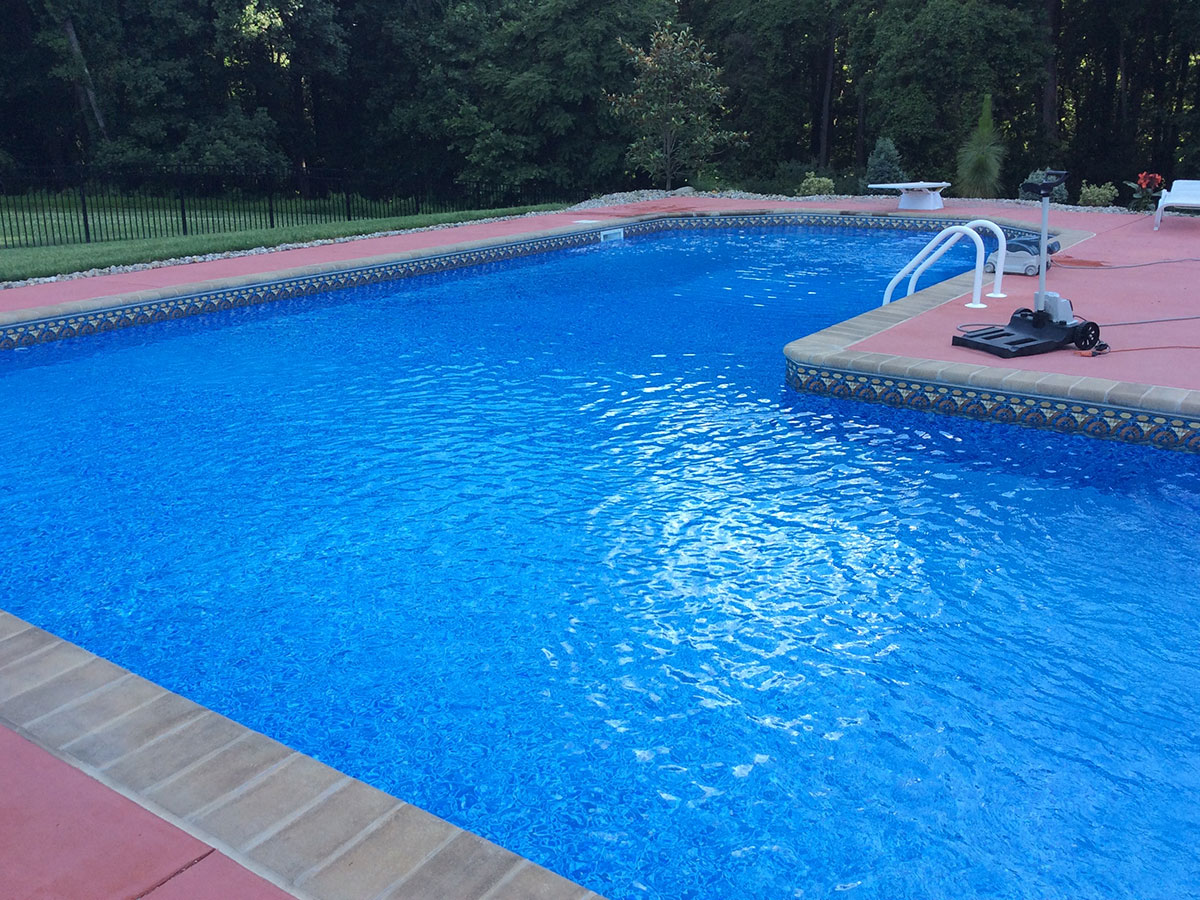 Pool Service Plans in Hydes