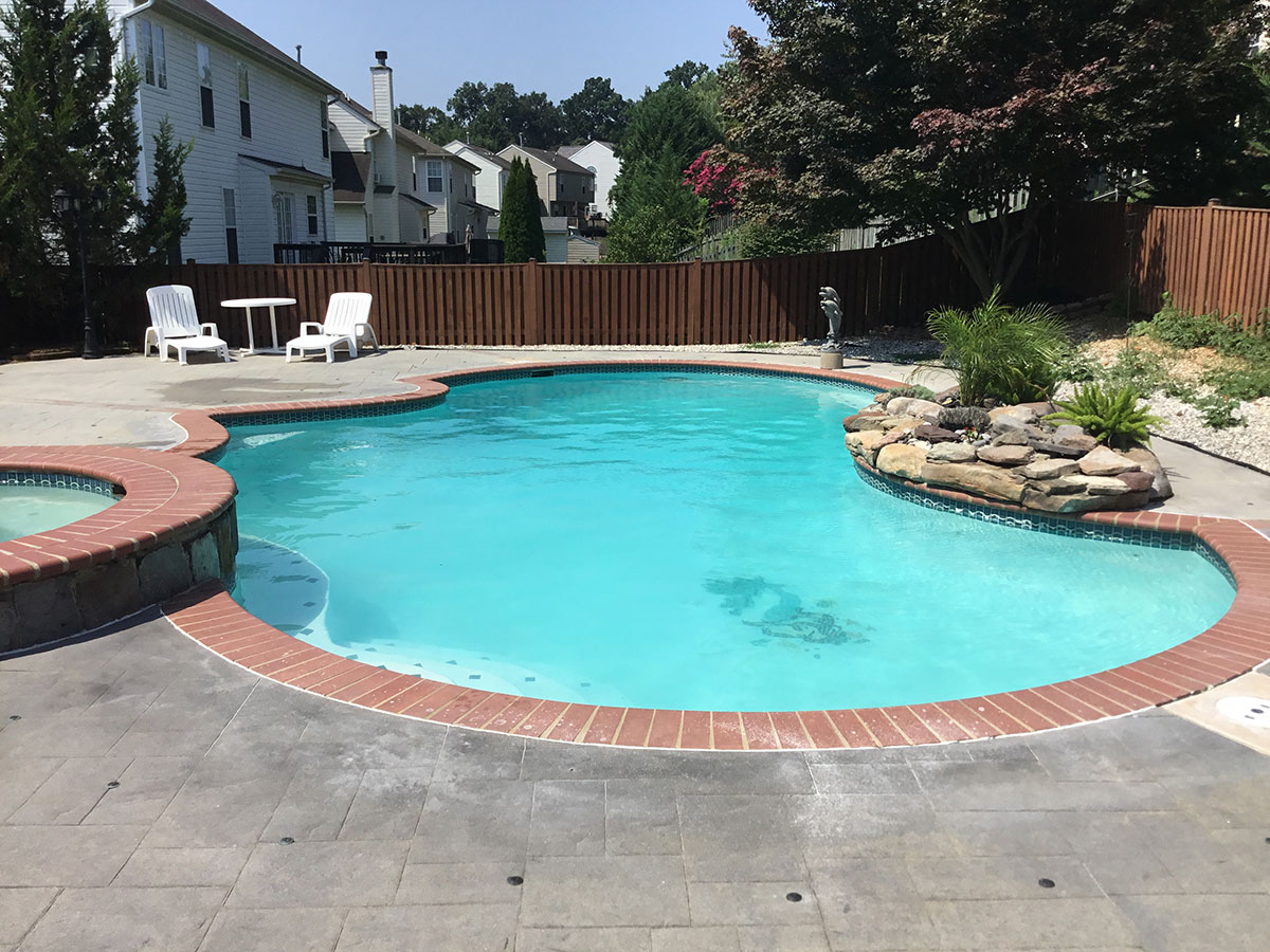 Pool Service Plans in Rising Sun